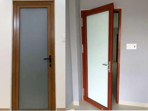 Mẫu cửa nhôm giả gỗ khung Xingfa đẹp 1 cánh