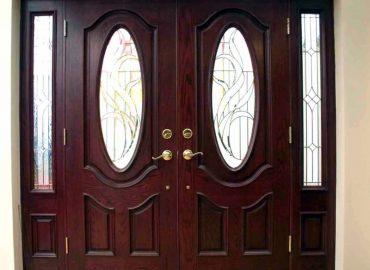 Mẫu cửa sắt giả gỗ đẹp cho cửa đi chính