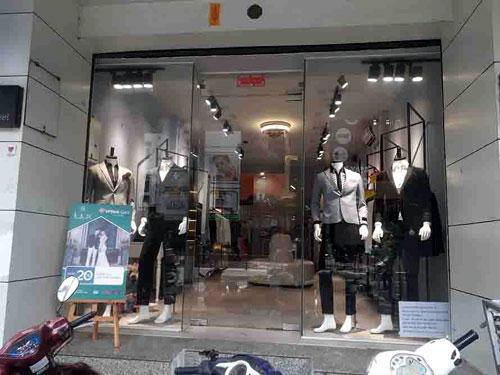 Cửa kính cho cửa hàng quần áo- MS01