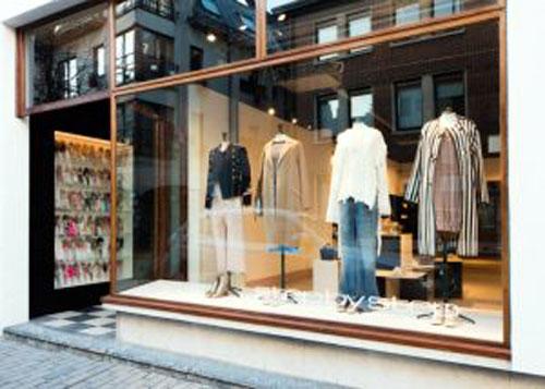 Cửa kính shop thời trang- MS04