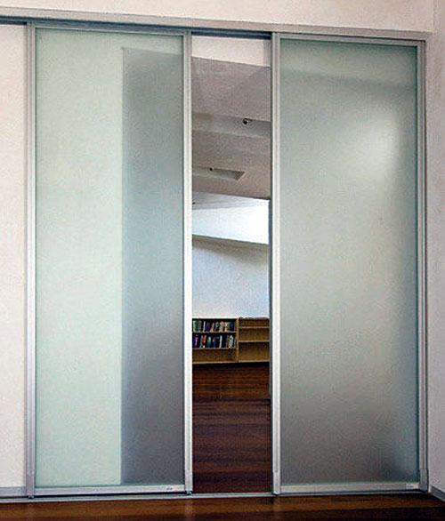 Mẫu cửa nhôm lùa phòng ngủ đẹp- MS01