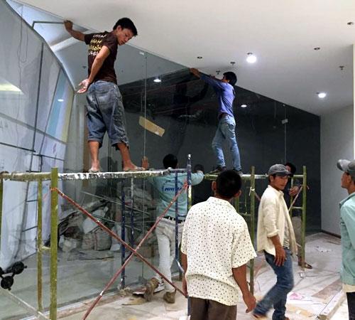Sửa cửa kính quận 11 tại nhà