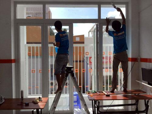 Sửa cửa nhôm kính Bình Tân tận nhà- MS03