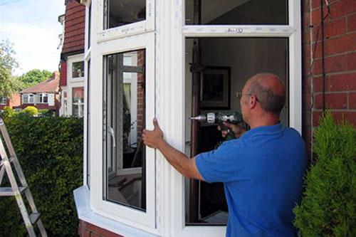 Sửa cửa sổ nhôm kính giá rẻ tại TP.HCM