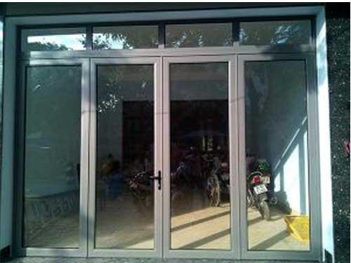 Cửa nhôm kính Việt Pháp 4 cánh đẹp