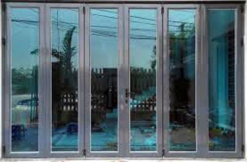 Cửa nhôm Xingfa 6 cánh đẹp cho cửa đi chính