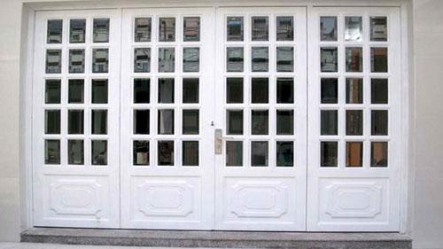 Làm cửa nhôm 4 cánh chia ô, chia đố đẹp cho cửa đi chính