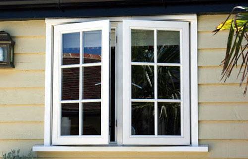 Cửa sổ nhôm kính chia ô đẹp- MS07