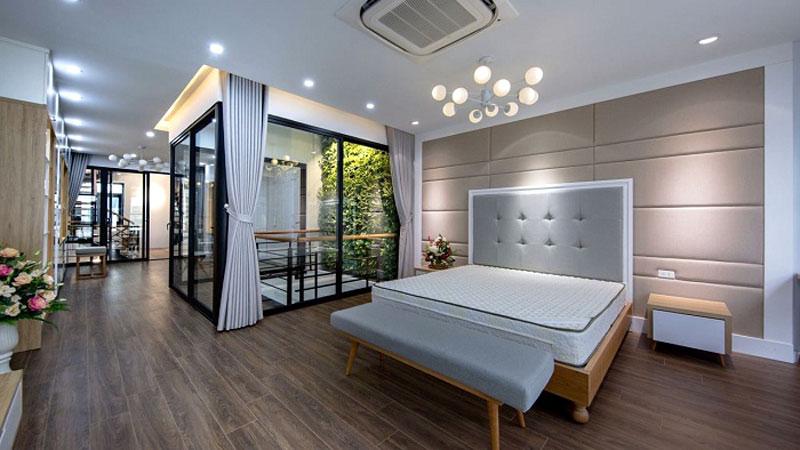 Mẫu cửa nhôm kính phòng ngủ đẹp