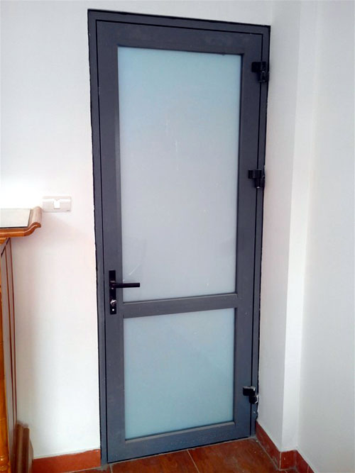 Cửa nhôm kính phòng vệ sinh- MS04