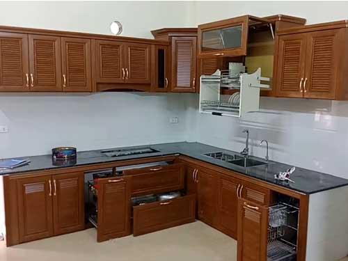 Mẫu tủ bếp nhôm Omega đẹp cho căn bếp thêm sang chảnh