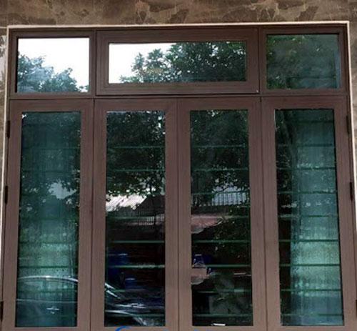 Cửa nhôm Xingfa màu nâu cafe đẹp cho cửa sổ