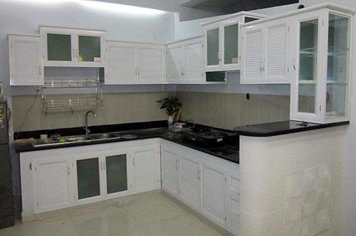 Lắp đặt tủ bếp nhôm màu trắng sứ giá rẻ