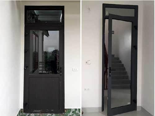 Mẫu cửa đi nhôm Xingfa 1 cánh màu đen