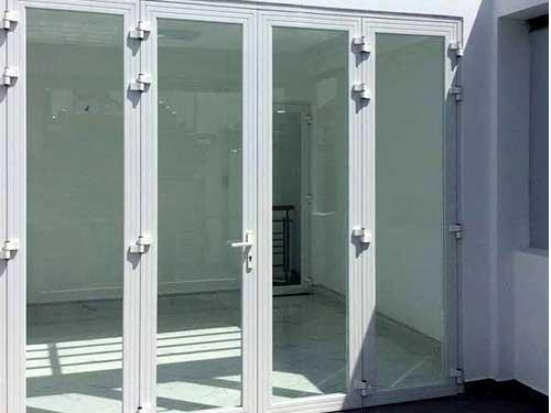 Mẫu cửa nhôm Xingfa 4 cánh màu trắng