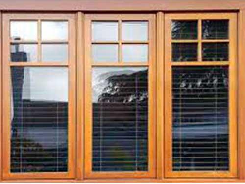 Mẫu cửa sổ nhôm Xingfa giả gỗ kiểu mới