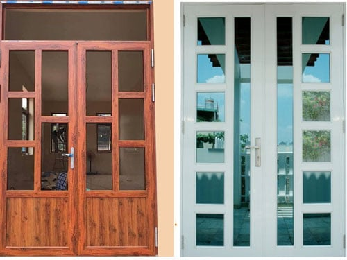 Mẫu cửa nhôm kính 2 cánh chia ô cho cửa đi chính