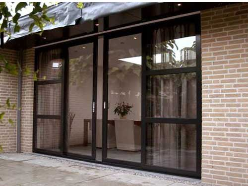 Cửa nhôm Xingfa quận 10 đẹp cho cửa mặt tiền