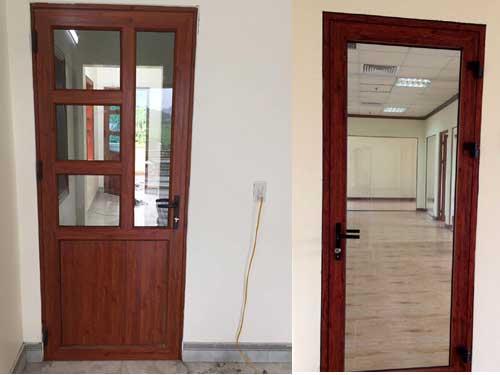 Mẫu cửa nhôm Xingfa vân gỗ đẹp