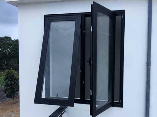 Cửa sổ nhôm Xingfa 2 cánh màu đen