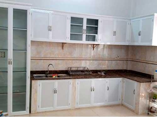 Tủ bếp nhôm trắng đẹp
